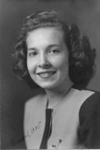 DONNA AHRENS 1943
